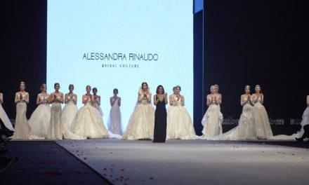 ALESSANDRA RINAUDO, ICONA DI STILE A IZMIR