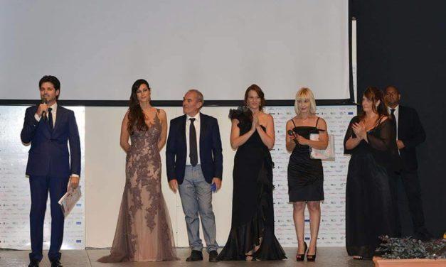 MANUELA ARCURI MADRINA D'ECCEZIONE PER IL GRAN GALA DEL WEDDING