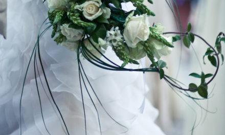 WEDDING DA SOGNO! E IL PRINCIPE AZZURRO ARRIVA A CAVALLO… DI UNA SPIDER!