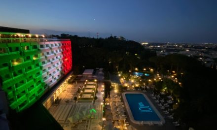 ROME CAVALIERI, WALDORF ASTORIA HOTEL PRESENTA VISTA 101: LA LOUNGE PANORAMICA UNICA A ROMA